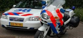 Politie haalt beschonken moeder met kind (3) in auto van de weg