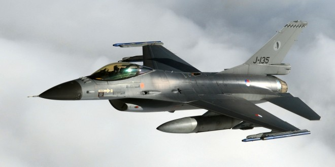 F16 over Zwolle
