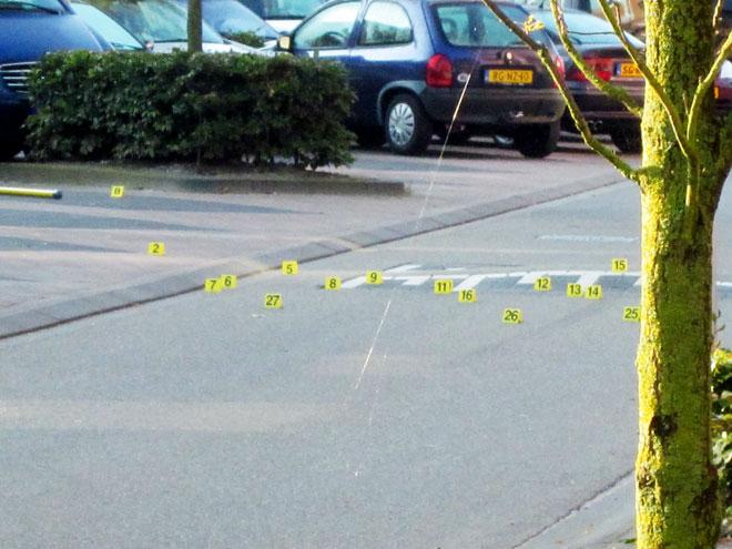Sporenonderzoek bij de liquidatie in de Akkerbergstraat in Stadshagen.