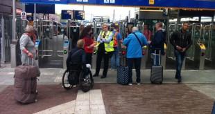 Ov-poortjes op station Zwolle gaan dicht