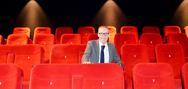 Dennis Tulleken, manager van Pathé Zwolle