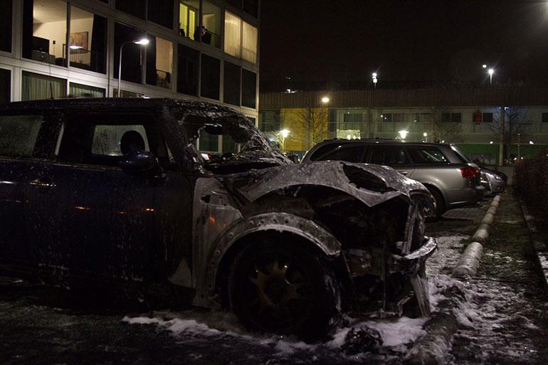 Brand auto Obrechtstraat Holtenbroek