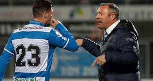 Voormalig PEC Zwolle-trainer Ron Jans stapt op na racisme-rel