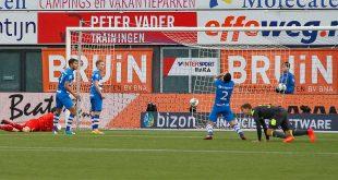 Zure nederlaag voor PEC Zwolle na late tegentreffer