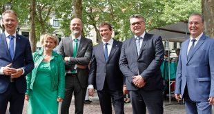 De zes wethouders van het nieuwe College in Zwolle.