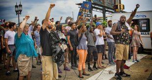 Al meer dan 500 geïnteresseerden in protest in Zwolle