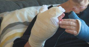 Slachtoffer explosie Stadshagen: 'Misschien kan ik mijn hand nooit meer gebruiken'