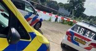 Persoon valt 20 meter van flat in Zwolle