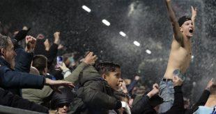 Eruptie van vreugde na eerste zege PEC Zwolle, 'ik kan wel janken'